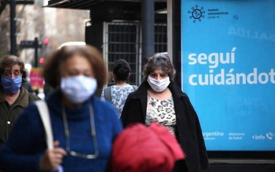 """América enfrentará brotes de coronavirus """"hasta bien entrado 2022"""", advirtió la OPS"""
