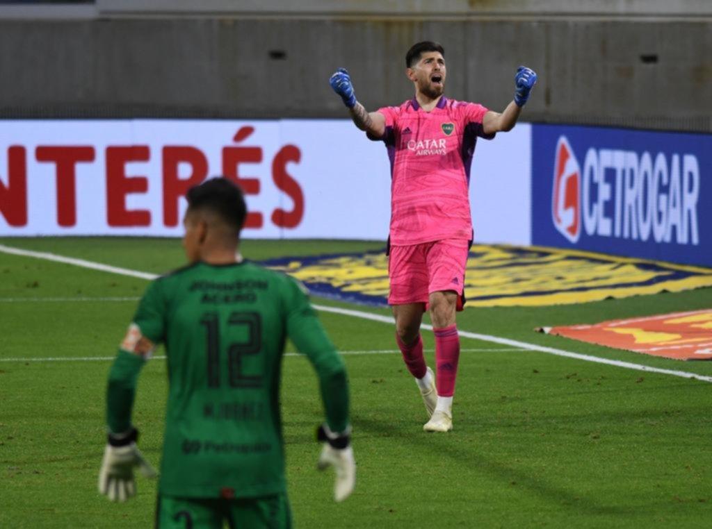 Recién en los penales Boca pudo festejar la clasificación