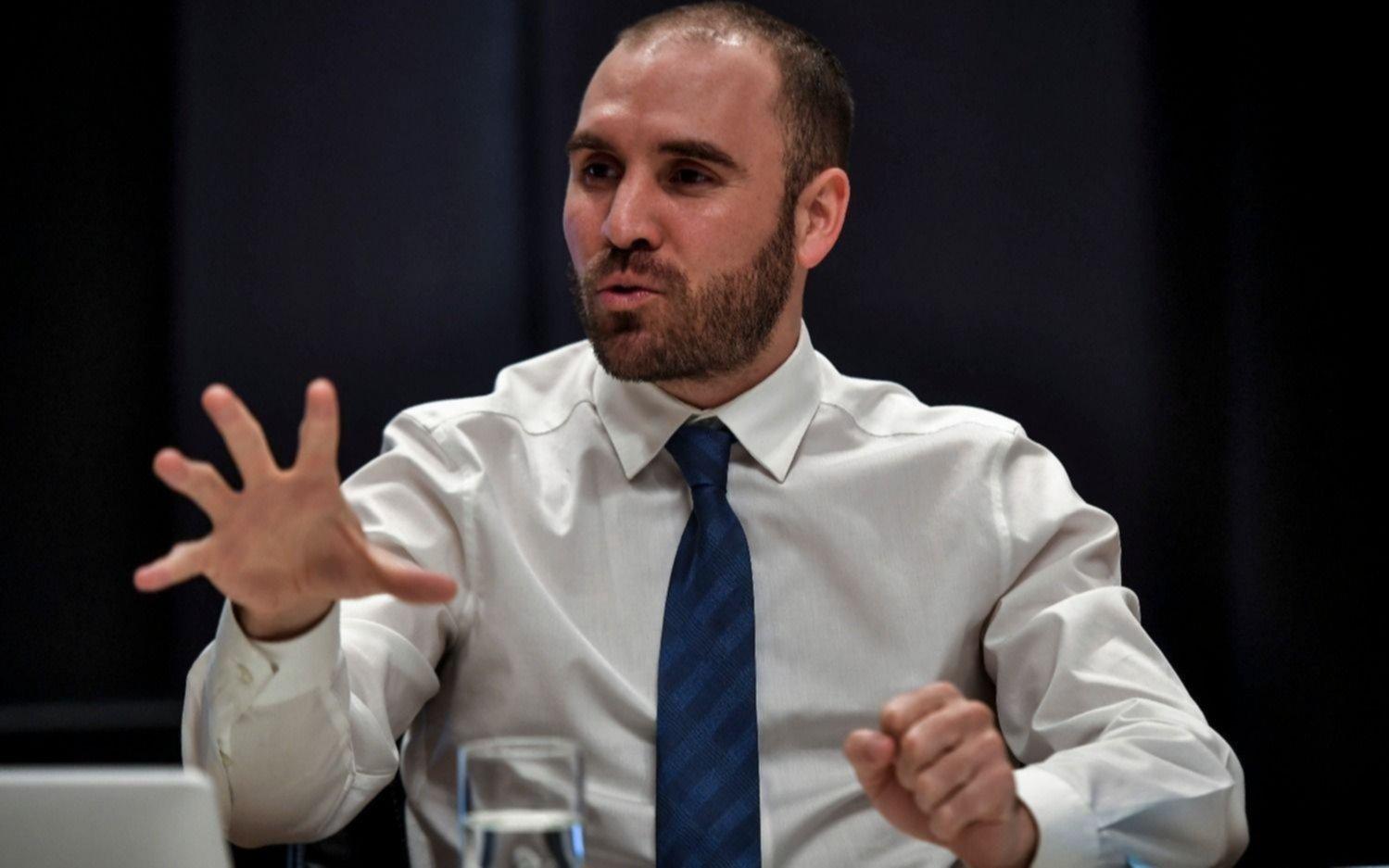 Guzmán resiste los embates de Cristina, Máximo y La Cámpora