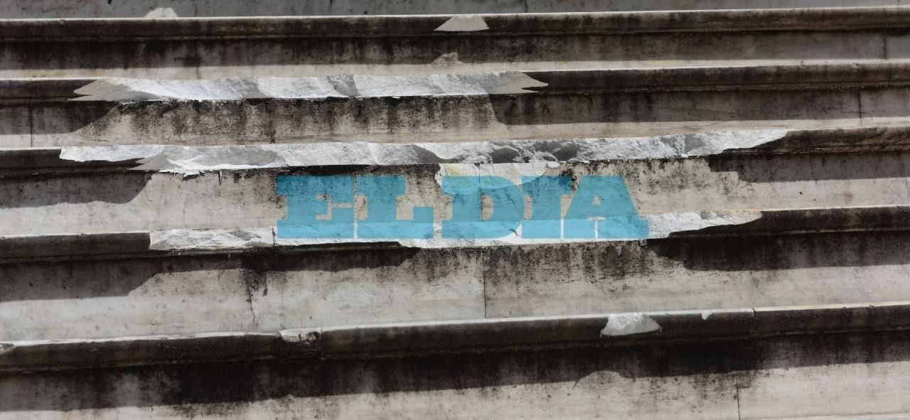 Indignación en fiscalías: rompen escalones de mármol de carrara de la época fundacional