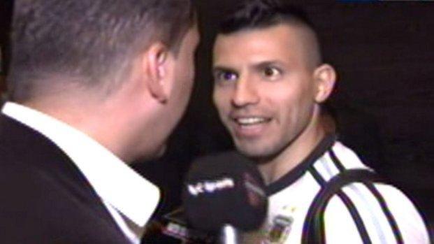 """El """"recibimiento"""" al Kun Agüero en España: """"Vas a mirar el Mundial por tele..."""""""