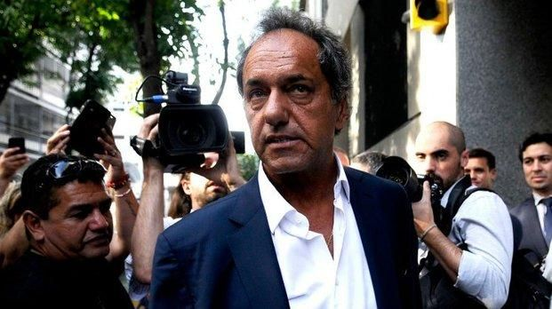 Scioli alertó que el Gobierno nacional apunta a la flexibilización laboral