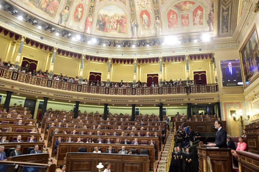 Rajoy, listo para suspender la autonomía regional de Cataluña