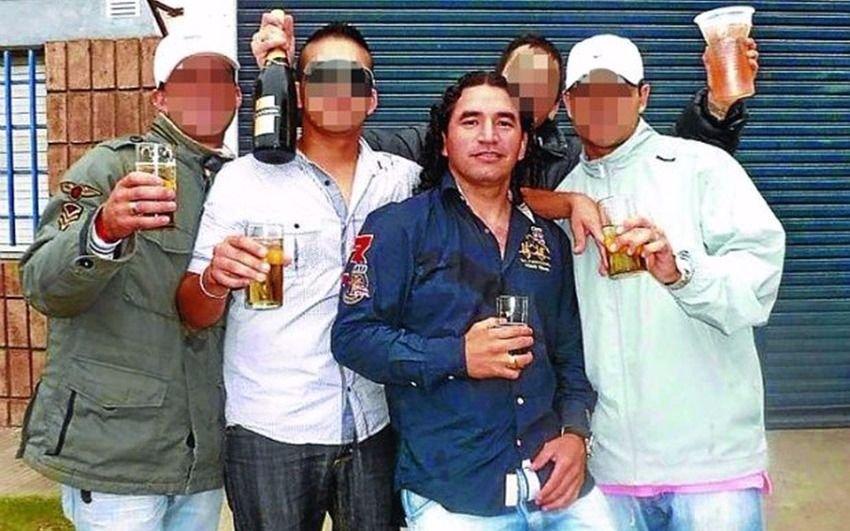 """Familiares de la organización narco """"Los Monos"""" irrumpieron en la presentación del libro sobre la banda"""