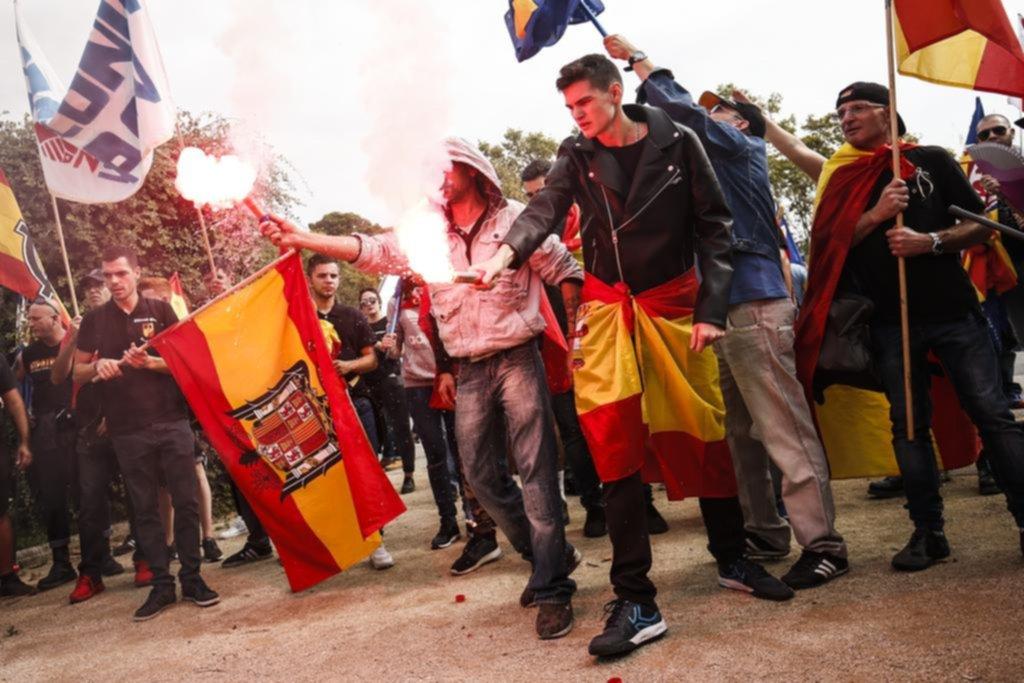 España celebró su fiesta nacional en plena crisis independentista