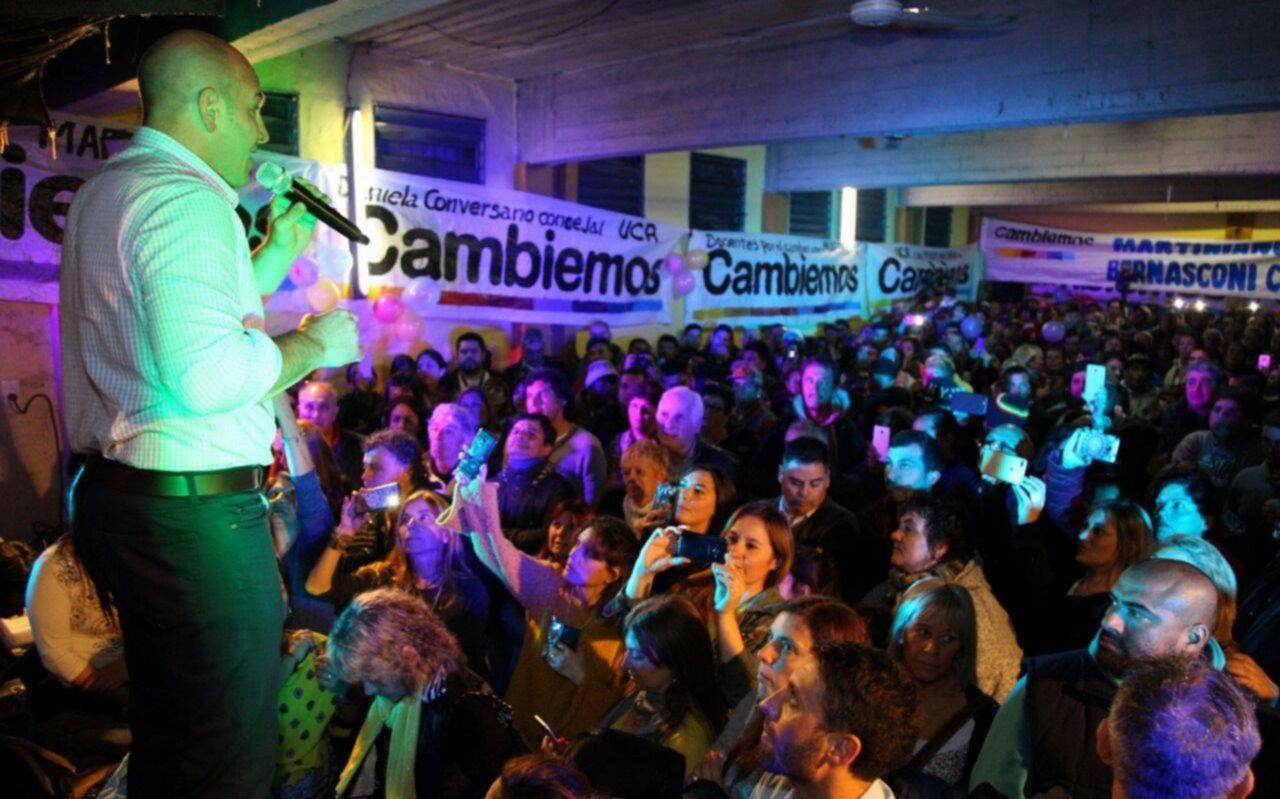 """Molina: """"Esta elección marcará el fin de esos políticos que lo único que hicieron fue prometer y no cumplir"""""""