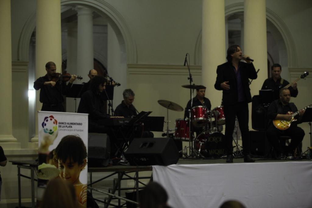 Música y solidaridad en el Pasaje Dardo Rocha