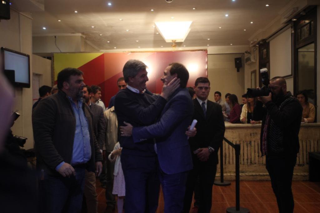 """Garro: """"Es una elección histórica que ratificó el camino del cambio"""""""