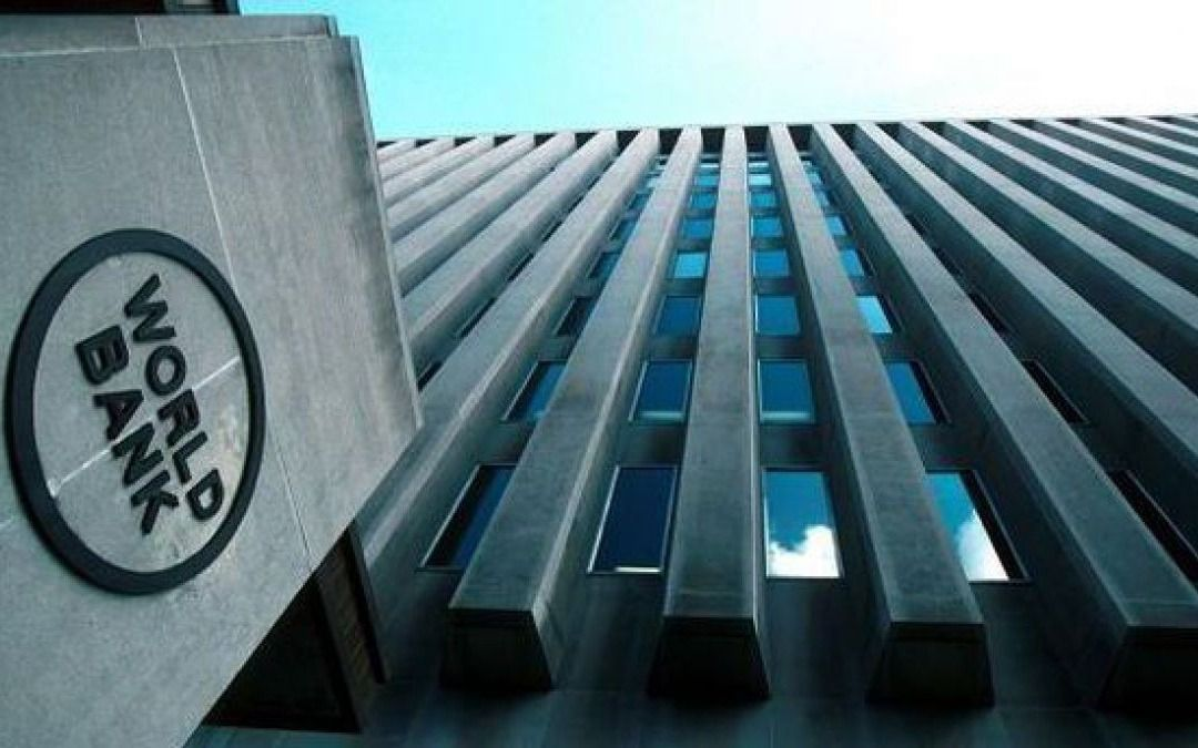 El Banco Mundial estima una recesión de 2,5% para Argentina