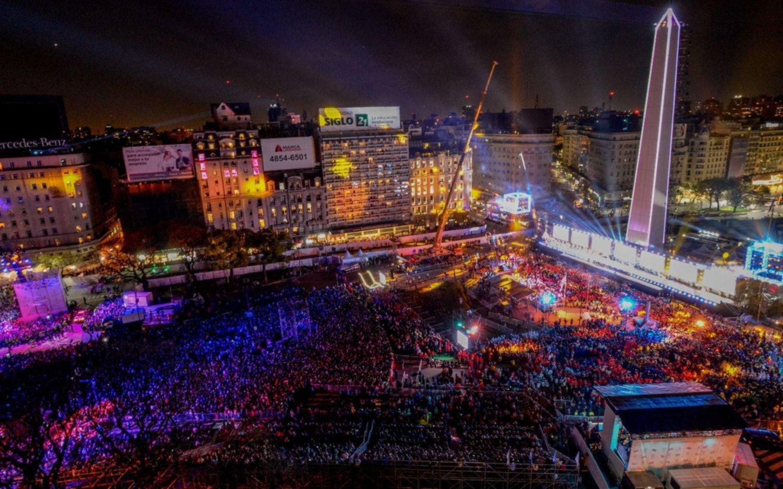 Miles De Personas Asistieron A La Inauguracion De Los Juegos
