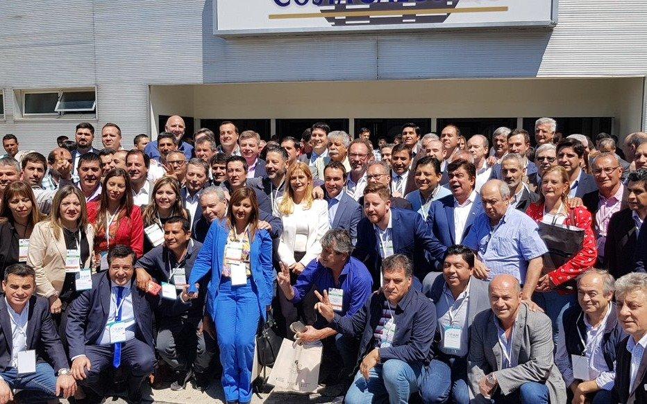 Magario fue reelecta como presidente de la Federación Argentina de Municipios