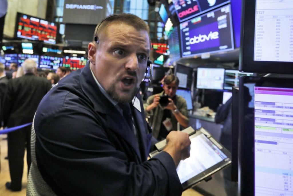 Wall Street sufre peor caída desde febrero
