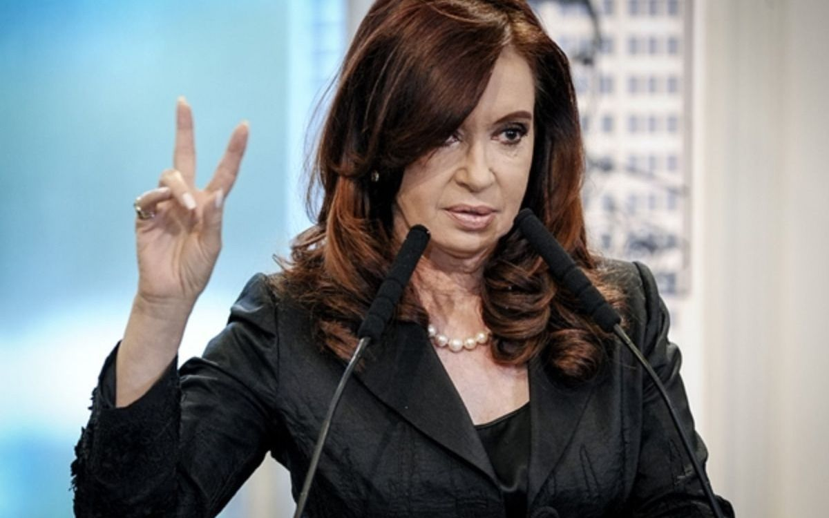 El fiscal Moldes dice que Cristina debería perder los fueros y quedar detenida