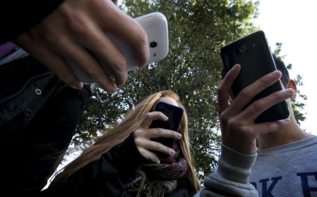 Miles de usuarios quisieron registrar sus líneas prepagas y colapsó el sistema