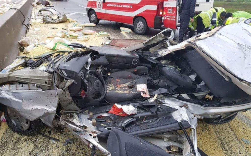 Choques y tres heridos graves en autopista La Plata - Buenos Aires