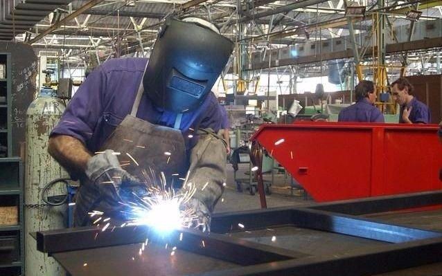 La actividad económica bajó un 1,6 por ciento en agosto