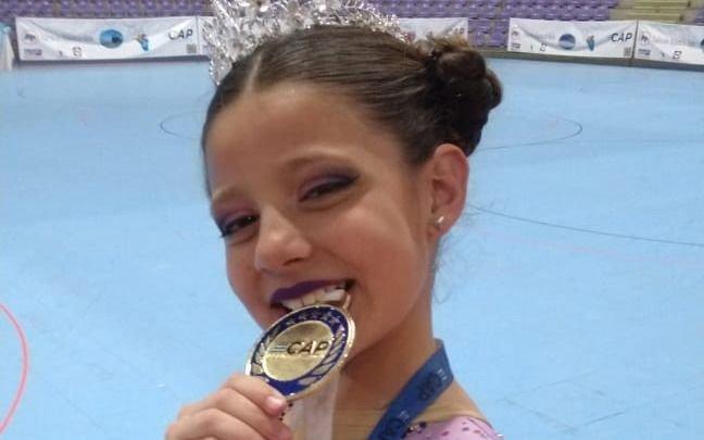 Niña patinadora ensenadense, campeona argentina de patín Artístico