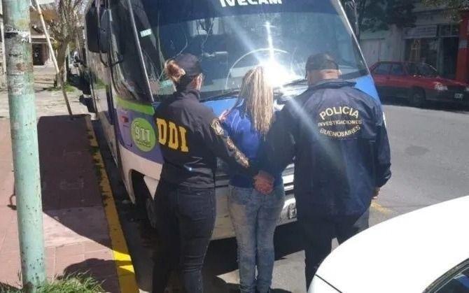 Detienen a una mujer acusada de prender fuego a su pareja