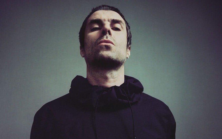 """Liam Gallagher dice que Oasis volverá cuando a su hermano Noel """"se le acabe el dinero"""""""