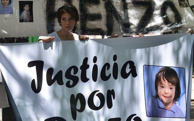 """Conmovedor mensaje de la mamá de Renzo Villanueva: """"Perdón hijo, no te pude proteger"""" - Policiales"""