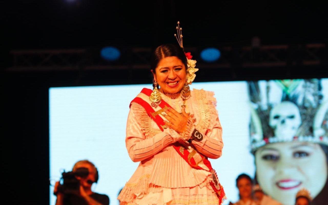 Con un imponente desfile cerró la Fiesta provincial de los Inmigrantes en Berisso