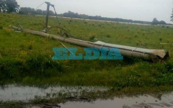 """En zona rural de La Plata denuncian que llevan """"tres días sin luz y los invernaderos se están secando"""""""