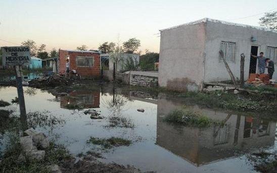 Baja el agua en La Matanza, pero los inundados aún no podrán volver a sus casas