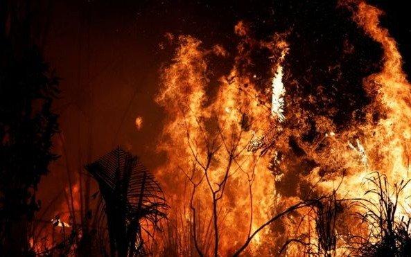 Vecinos piden mejores condiciones de trabajo para los bomberos de Lisandro Olmos