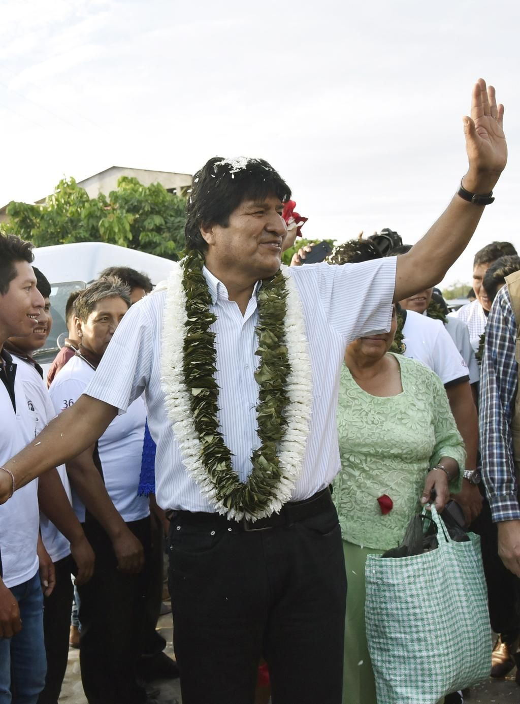 Evo Morales ganaba en Bolivia, pero no le alcanzaba y habría segunda vuelta