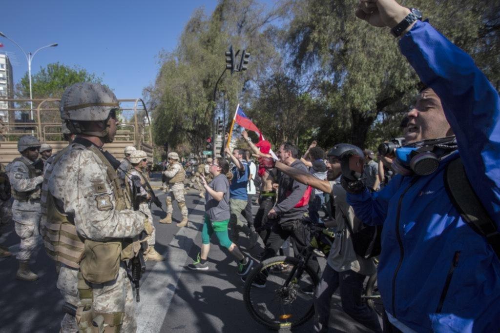 En Chile, los disturbios ya dejan ocho muertos y heridos graves
