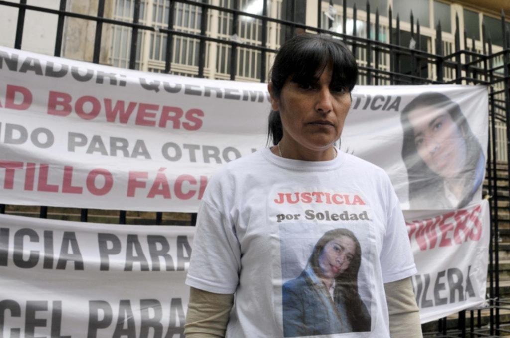 Condenan a 10 años y 8 meses al policía que mató a una chica