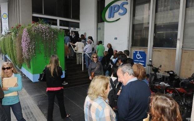 IPS: salió el cronograma de pago a jubilados y pensionados