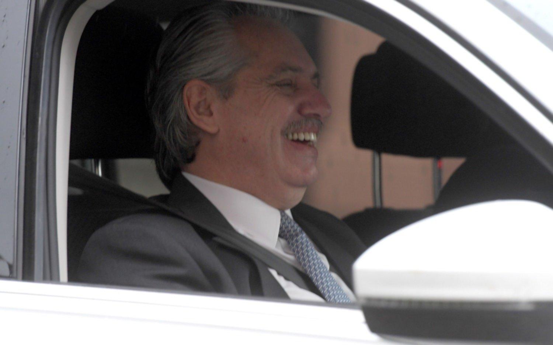 """Fernández agradeció el saludo a Maduro y abogó porque """"América Latina trabaje unida"""""""