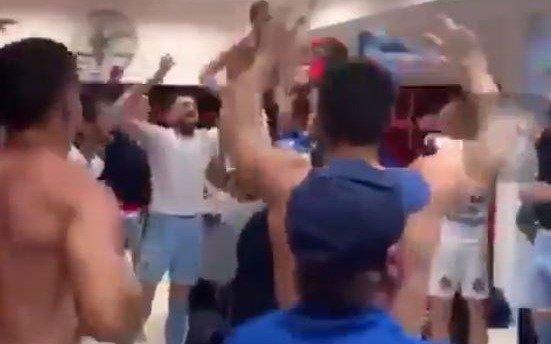 VIDEO: En la intimidad del vestuario del Lobo: así se festejó la goleada ante Newell's