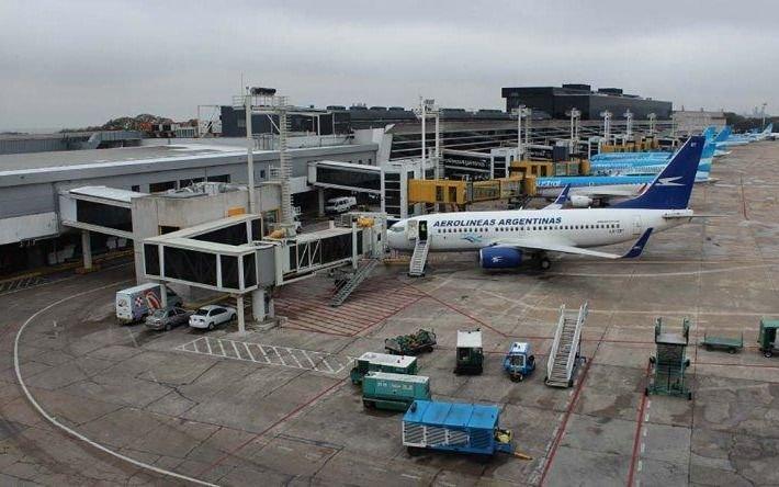 El Gobierno confirmó que a partir del 12 o 15 de octubre vuelven los vuelos regulares