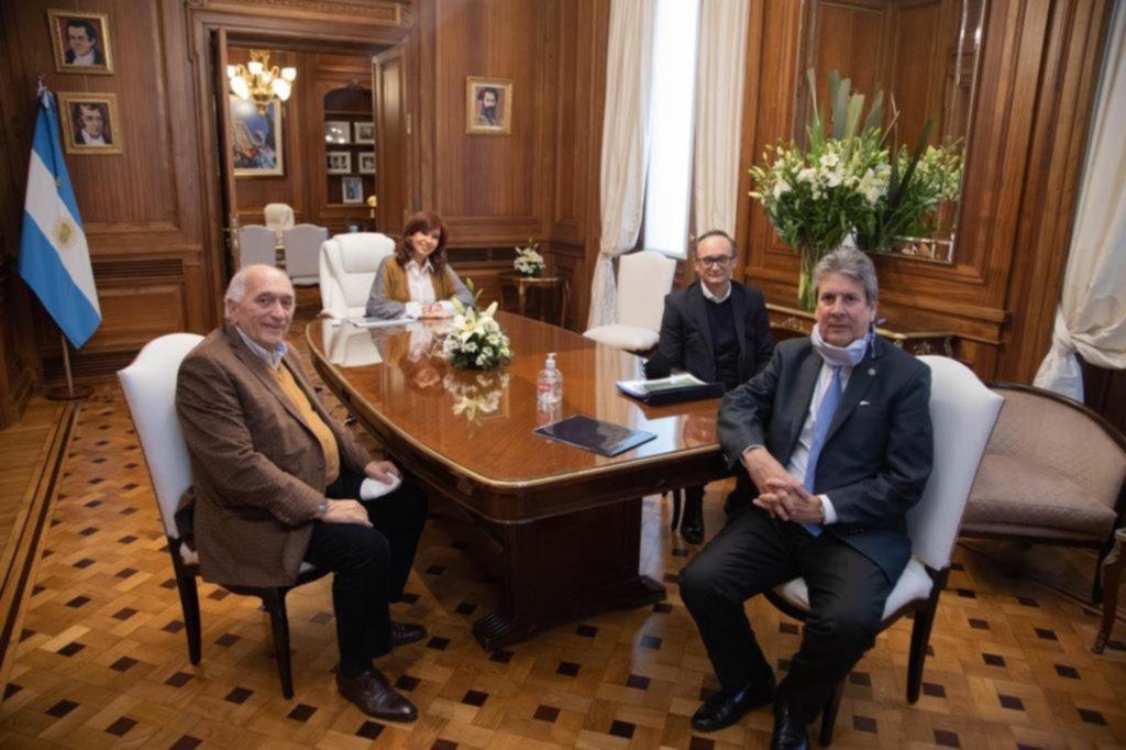 El dólar y la Corte desvelan al Presidente y a Cristina - Opinión