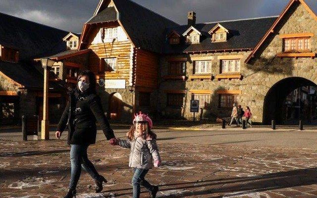 Para visitar Bariloche exigirán un test negativo de COVID-19