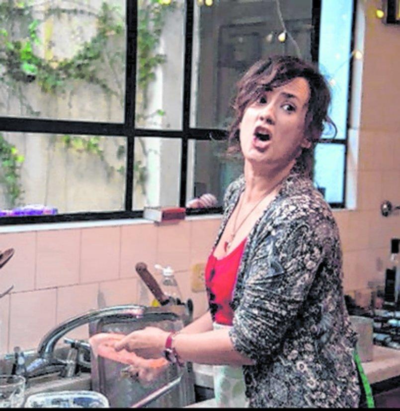 """""""Roxi canta la cuarentena"""": el regreso recargado de la """"quejosa"""" más celebrada"""