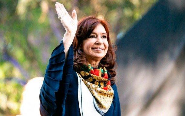 """Cristina: """"Que la lealtad a las convicciones, al pueblo y a la Patria sigan inalterables"""""""