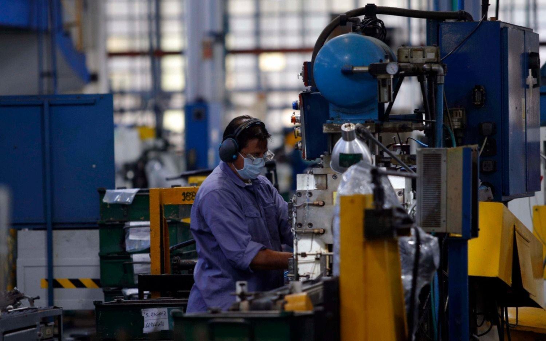 La economía retrocedió 11,6% en agosto comparado con el año anterior