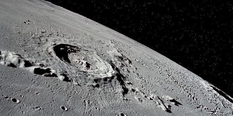 Confirman que la luna tiene más agua de la que se creía