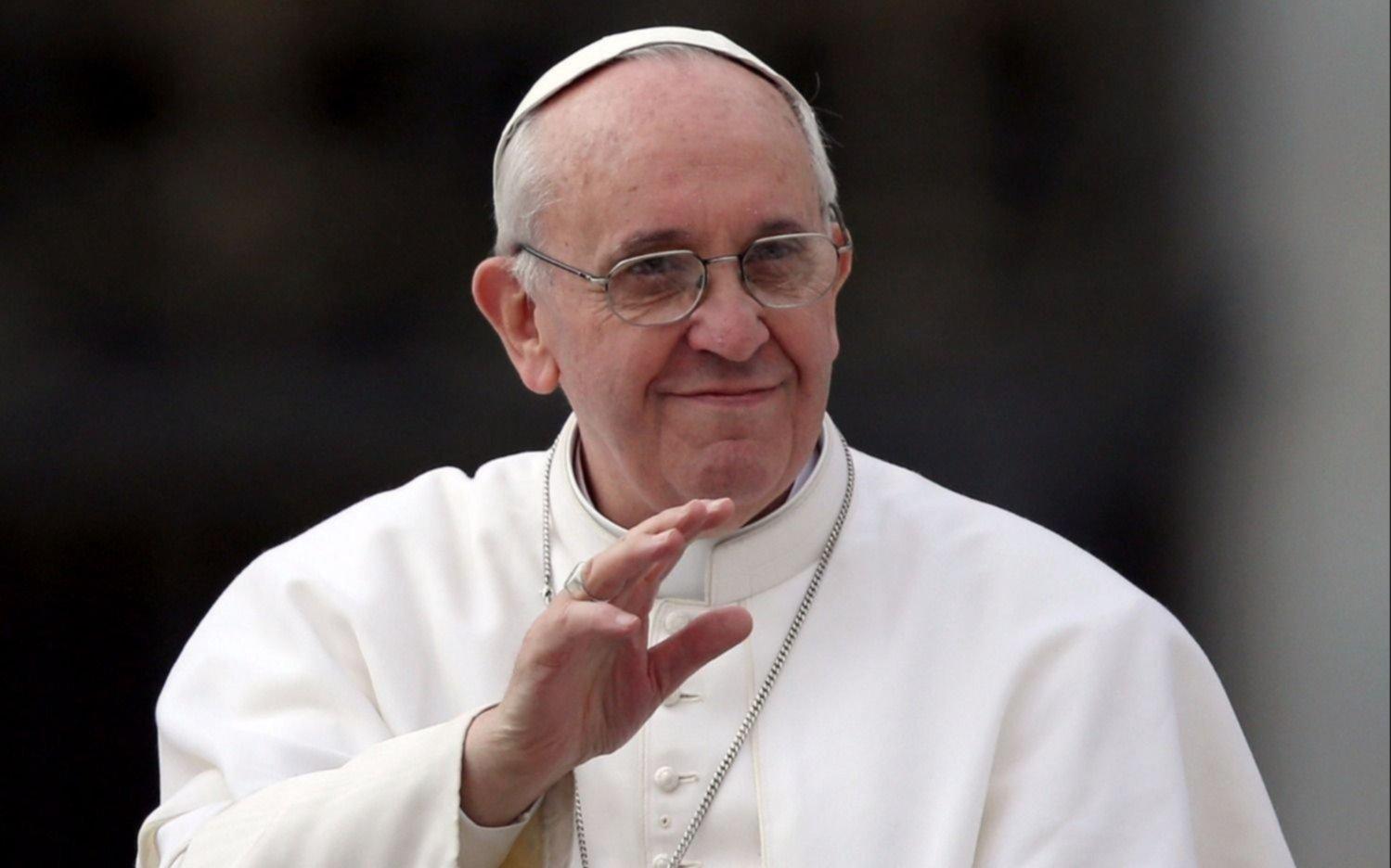 """Francisco denunció una """"casta pecadora"""" en la Curia y adelantó más cambios en el Vaticano"""