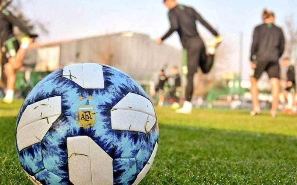 """El libro de pases en el fútbol argentino cerró, pero """"a medias"""""""