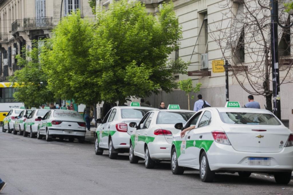 Taxistas piden aplicar una tarifa nocturna con un 20% de aumento