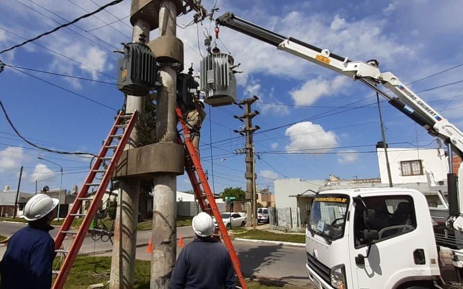 EDELAP aumentó la capacidad de su red eléctrica en un sector de Ensenada
