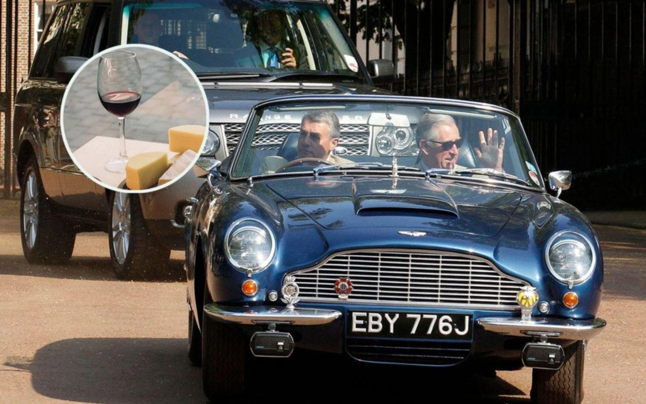 El príncipe Carlos y su aporte al cambio climático: asegura que su auto funciona con vino y queso