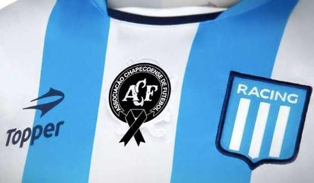 Racing jugará contra Boca luciendo el escudo de Chapecoense en su camiseta