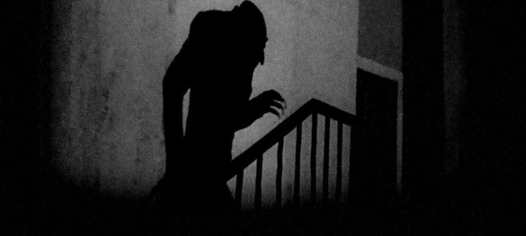 Vampiros en el cine: cómo llegamos a los chupasangres domesticados del siglo XXI