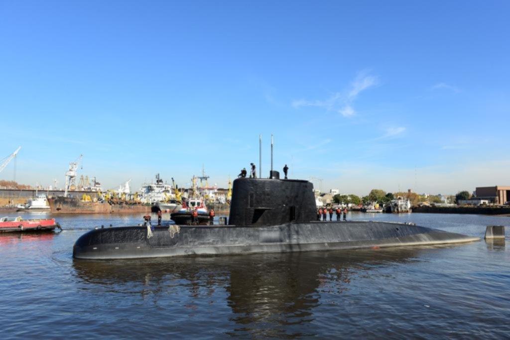 Dramática búsqueda del submarino perdido con 44 tripulantes a bordo