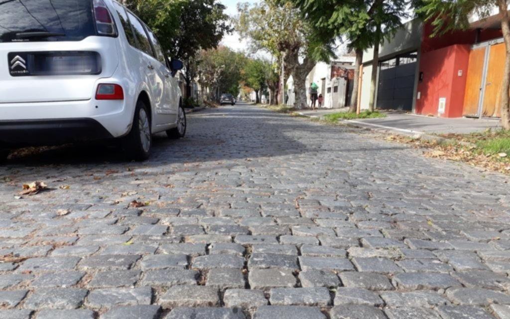 Chau al empedrado en calles de la Ciudad